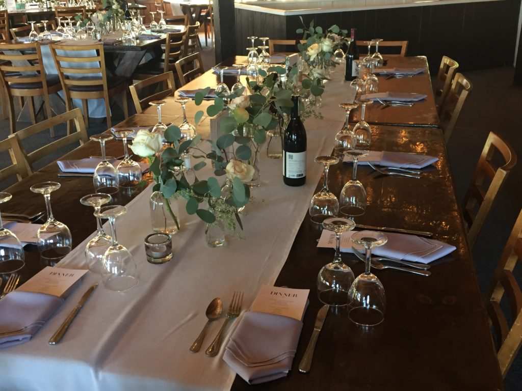 photo of wedding table setting